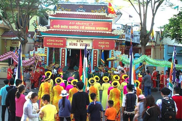 Lễ-hội-đền-Hùng