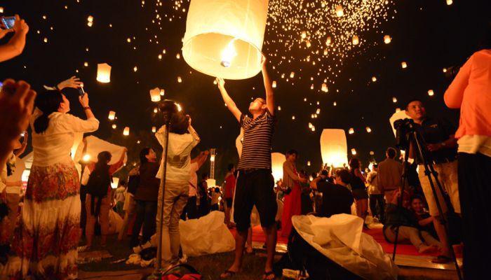 lễ hội thả đèn