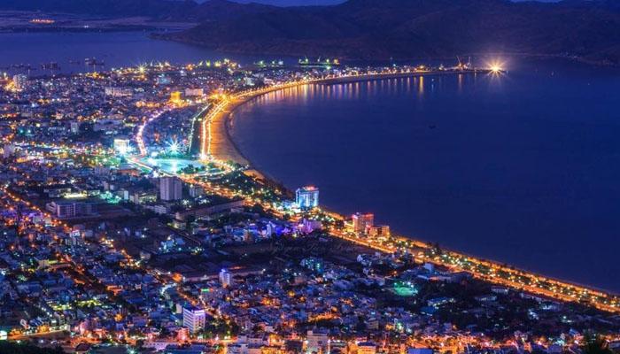 khám phá thành phố Quy Nhơn về đêm