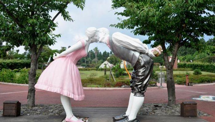Công viên tình yêu