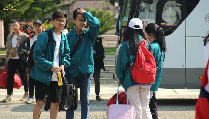 Học sinh lớp 12 trường THPT Bùi Thị Xuân