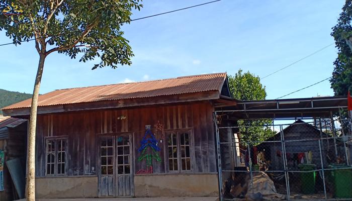 Nhà của dân tộc K'ho Chill
