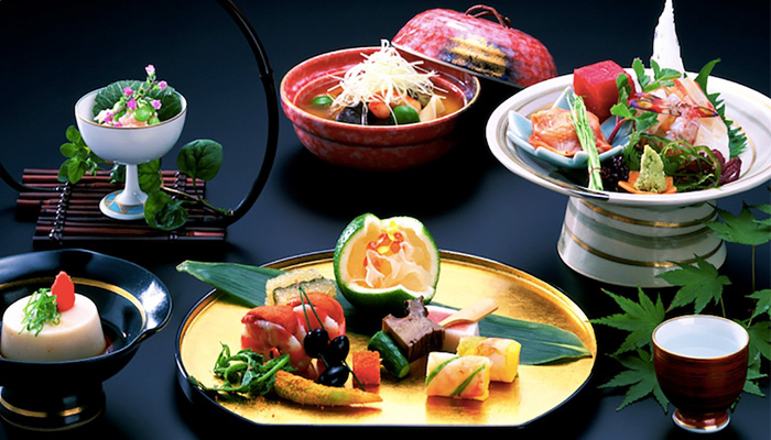 Thứ tự trong một bữa ăn Nhật Bản