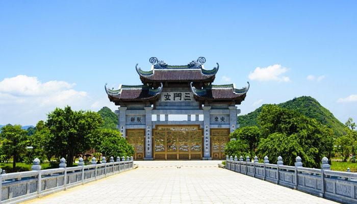 chùa Bái Đính- tour du lịch tâm linh