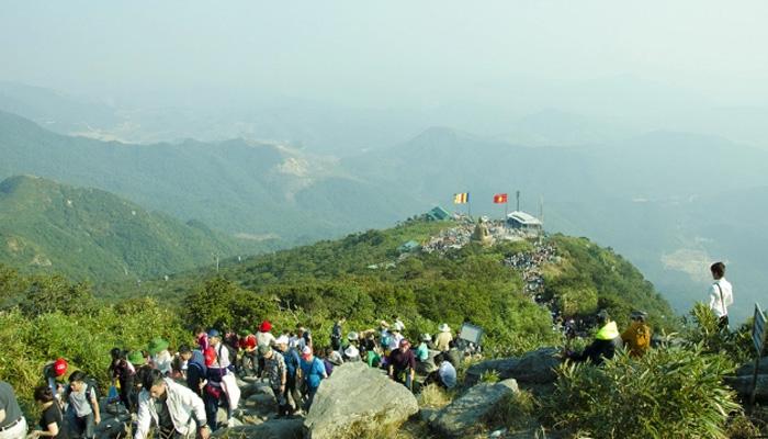 Thời điểm thích hợp hành hương đến chùa Yên Tử