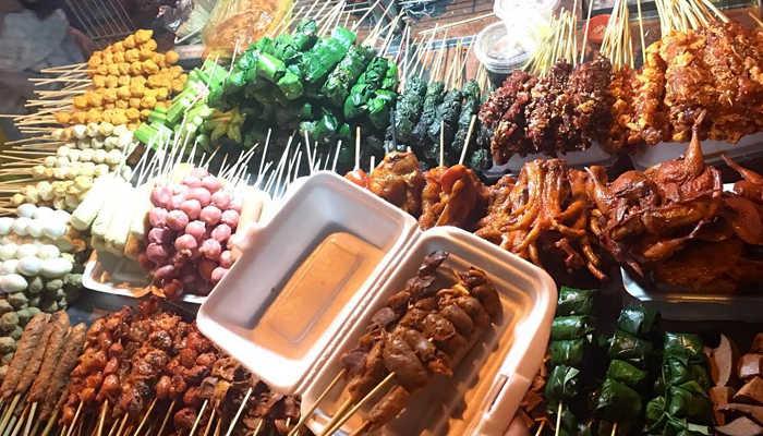 Ăn vặt chợ Đêm Đà Lạt