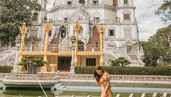 Rất nhiều người dân địa phương gọi đây là chùa Thái Lan
