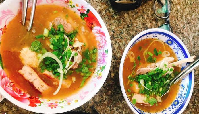 Bánh canh Xuân An - 25 Nhà Chung
