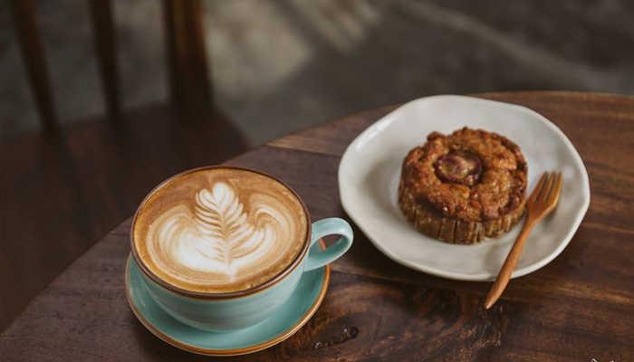 Vừa nhâm nhi tý bánh, uống thêm tý coffee cảm giác cuộc sống yên bình biết mấy