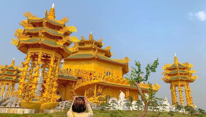 Chùa Phúc Lâm Hưng Yên- được ví von như Thái Lan thu nhỏ ( Ảnh: Sâu'ss Sâu'ss)