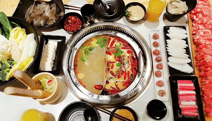 Chungking Hotpot - quán lẩu phong cách Hồng Kông tại Đà Lạt