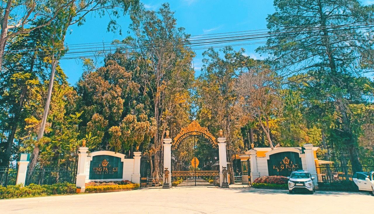 Dinh Bảo Đại - cũng chung số phận vắng khách