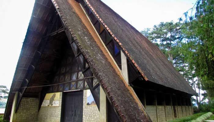 Nhà thờ cam ly- du lịch Đà Lạt