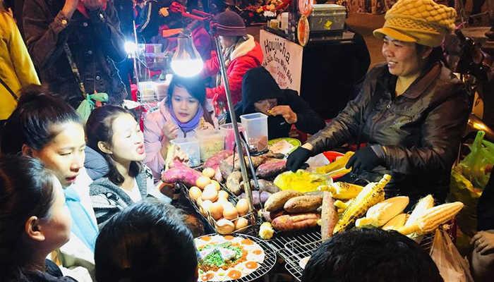 Nên ăn gì tại chợ đêm Đà Lạt?