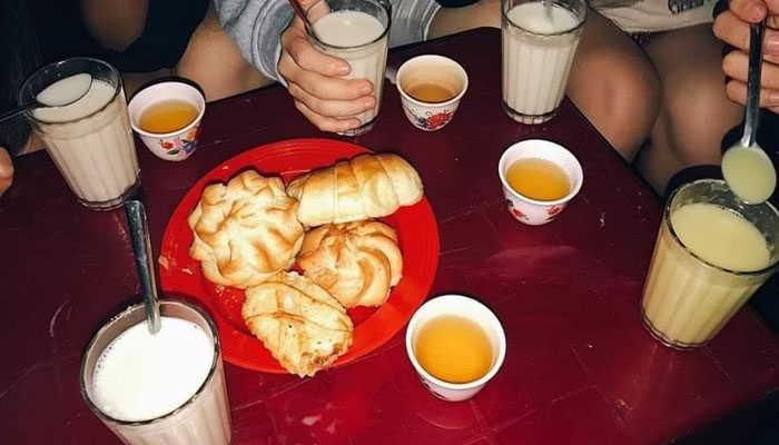 Du lịch đà lạt về đêm nhâm nhi ly sữa nóng
