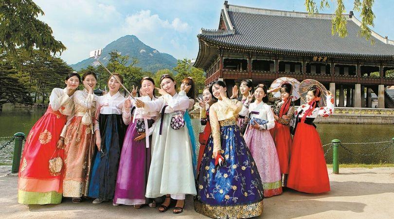 Du lịch Hàn Quốc - Thuê trang phục Hanpok ở đâu thì được miễn phí