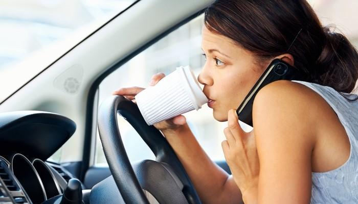 cách lái xe an toàn (Nguồn internet)